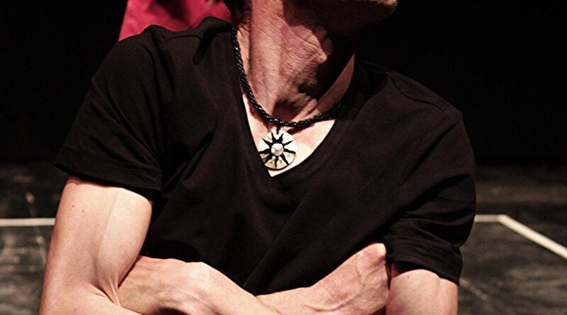 'Vite di Ginus'(Ginus' lives). Max Mazzotta and Libero Teatro at Campania Teatro Festival